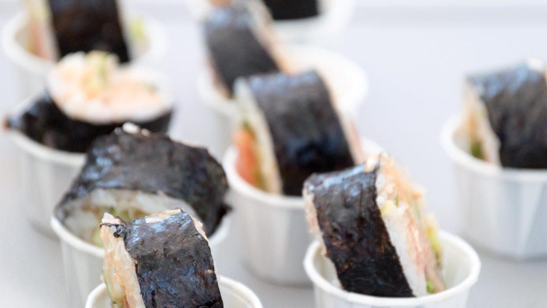 """Vegan Spicy """"Tuna"""" Sushi"""