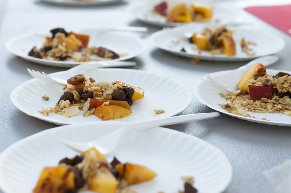 Grilled Peaches with Granola